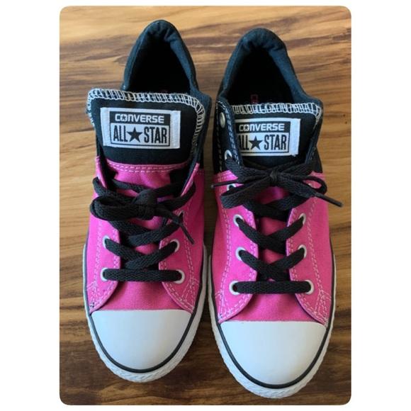 All Star Junior Sz 5 Black Pink Low Top